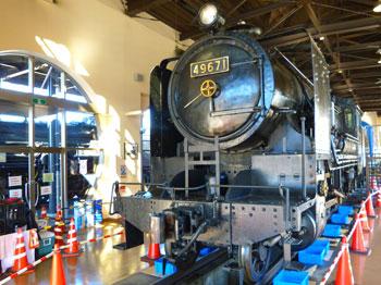 実働の本物の蒸気機関車
