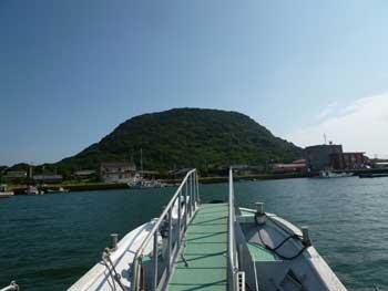 海上から見た高島