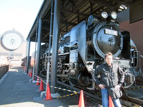 D51機関車で記念撮影